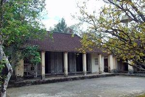 Băn khoăn du lịch làng cổ Lộc Yên