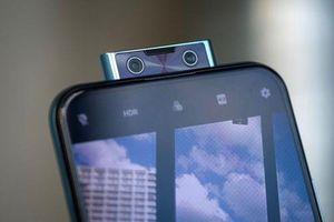 Smartphone 6 camera, chip S675, RAM 8 GB giảm giá hấp dẫn tại Việt Nam