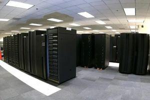 Anh phát triển siêu máy tính mạnh nhất thế giới chuyên dự báo thời tiết