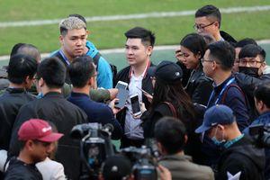 Tân chủ tịch CLB Hà Nội được truyền thông chú ý trong ngày ra mắt