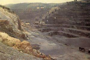 Loạt ảnh hiếm về mỏ than Hòn Gai một thế kỷ trước