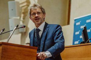 Czech có Chủ tịch Thượng viện mới, Thủ tướng Babis sẽ rời chính trường nếu thất bại tại bầu cử Hạ viện