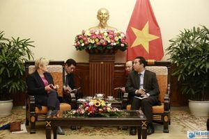 Thứ trưởng Ngoại giao Tô Anh Dũng tiếp Chủ tịch Nhóm Nghị sĩ ASEAN Quốc hội CHLB Đức