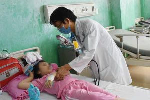 Bệnh viện Bà Rịa giám sát chặt các ca viêm phổi