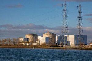 Pháp đóng cửa nhà máy hạt nhân, tăng năng lượng tái tạo