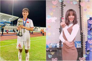 Khoe nhan sắc đời thường, nữ trung vệ bóng đá nữ Việt Nam gây sốt mạng