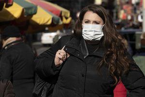 Các công ty lớn của Mỹ quay cuồng với virus corona