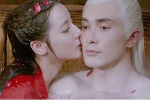 Địch Lệ Nhiệt Ba được khen khi đóng cảnh nóng trong 'Chẩm thượng thư'
