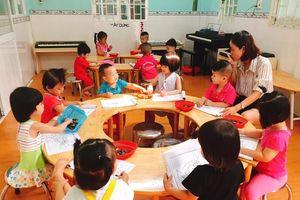 TPHCM không thu học phí, ngưng đón khách nước ngoài ở trường học vì dịch Covid