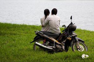 Tình yêu trên yên xe và những điều ở Việt Nam khiến khách Tây ấn tượng