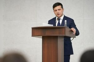 Tổng thống Ukraine bất ngờ yêu cầu triệu tập cuộc họp đặc biệt của quốc hội