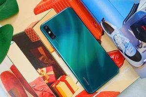 Nổi bật Huawei Enjoy 10e - Pin cực khủng và giá cực hời