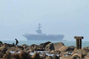 Siêu tàu sân bay Mỹ USS Theodore Roosevelt đến Đà Nẵng