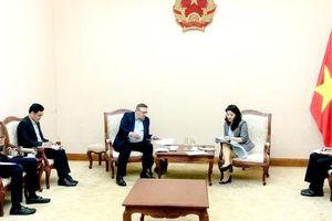 Cục trưởng Cục Hợp tác quốc tế tiếp Đại sứ Hungary tại Việt Nam