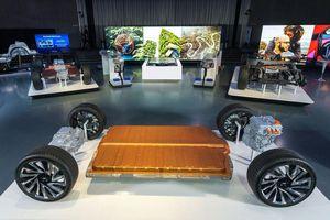 GM công bố loại pin mới có tầm hoạt động gấp 2 lần của Tesla