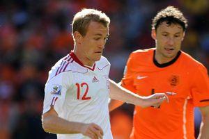 Cựu tuyển thủ Đan Mạch nhiễm Covid-19, 3 thành viên Ajax tự cách ly