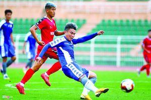 Bóng đá Việt lao đao vì Covid-19