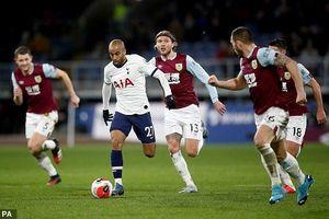 Tottenham và Mourinho vẫn chưa biết thắng