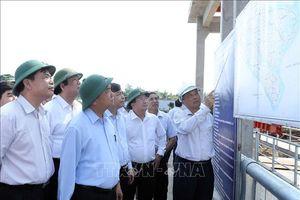 Thủ tướng: Xử lý kịp thời hạn mặn, bảo đảm nguồn nước sinh hoạt cho nhân dân