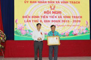 Xã Vĩnh Trạch đón nhận Huân chương Lao động hạng 3