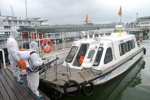 Covid-19: Quảng Ninh tạm dừng đón khách tham quan du lịch, công bố lịch trình di chuyển của người liên quan tới bệnh nhân thứ 34