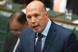 Bộ trưởng Nội vụ Australia dương tính với virus corona