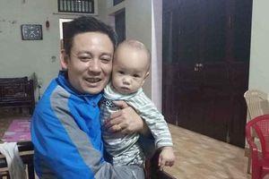 Thái Bình: Bé trai bị bỏ rơi trước cổng chùa cùng lá thư 'gia đình lục đục, khó khăn'