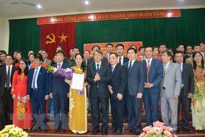 Cao Bằng công bố quyết định sáp nhập 3 Đảng bộ huyện