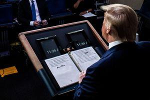 Gạch đè chữ corona, sửa thành 'virus TQ' - lát cắt phản ánh TT Trump
