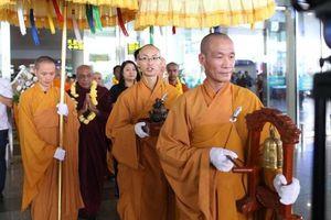 Giáo hội khuyến khích tụng kinh tại gia, tránh tụ tập dịp Phật Đản