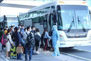 Dịch COVID-19: Khánh Hòa đón 412 công dân Việt Nam về từ Nhật Bản