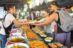 Xây dựng tuyến phố dịch vụ ăn uống, thức ăn đường phố đảm bảo an toàn thực phẩm có kiểm soát