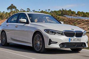 Quyết đấu Mercedes-Benz C-Class, BMW 3-Series sắp có 2 phiên bản mới giá 'mềm' hơn tại Việt Nam