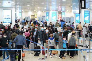 264 người từ vùng dịch về sân bay Nội Bài ngày hôm nay