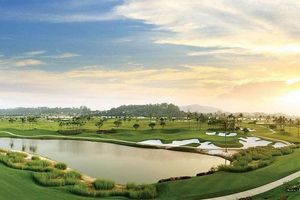 Nhiều sân tập golf quanh Hà Nội đóng cửa vì COVID - 19
