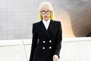 Phí Phương Anh gây chú ý tại Seoul Fashion Week