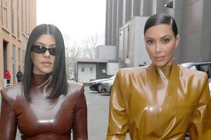 Hậu trường mặc đồ cao su vất vả của Kim Kardashian
