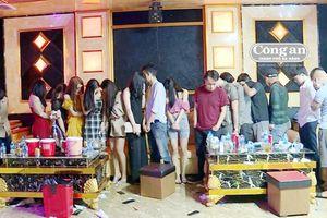 Bao trọn quán karaoke mở 'đại tiệc' ma túy mừng sinh nhật