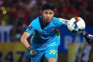 Được đội bóng Thái Lan 'nhòm ngó', Văn Toản phản ứng bất ngờ