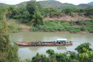 Xử phạt 19 tàu khai thác cát lậu trên sông Đồng Nai