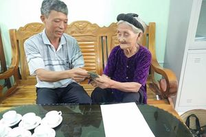 Thanh Hóa: Cụ bà xin thoát nghèo ủng hộ 2 triệu phòng chống dịch Covid-19