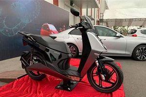 Chùm ảnh: Xe máy điện Vinfast V9 đối thủ cạnh tranh với Honda SH