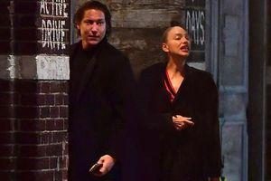 'Chân dài' Irina Shayk hẹn hò đi chơi đêm cùng bạn trai mới