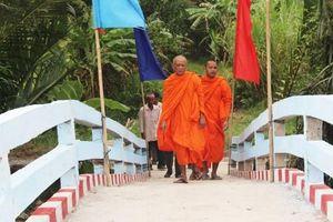 Vùng đồng bào Khmer miền Tây Nam bộ thay áo mới Bài 1: Niềm vui hoàn thành mục tiêu Chương trình 135