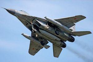 Ấn Độ mua tiêm kích MiG-29 từng lỡ hẹn với Việt Nam, giá chỉ bằng 1/5 Rafale của Pháp