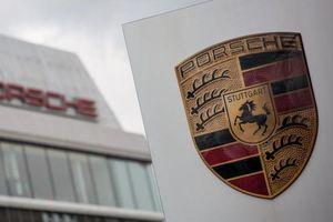 Dù đang khó khăn, mỗi nhân viên Porsche được thưởng 10.000 USD