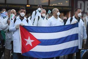 Cuba thể hiện sức mạnh ngoại giao y tế giữa đại dịch COVID-19