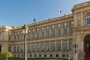 Pháp triệu tập đại sứ Trung Quốc phản đối bình luận COVID-19
