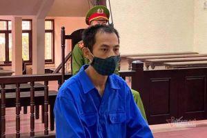 18 tháng tù cho kẻ dùng dao khống chế chủ tịch phường ở Hải Dương