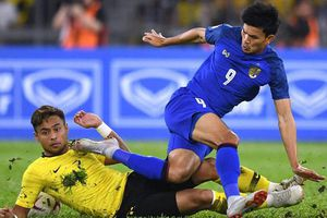Thái Lan lo không đủ quân để đòi ngôi vua AFF Cup